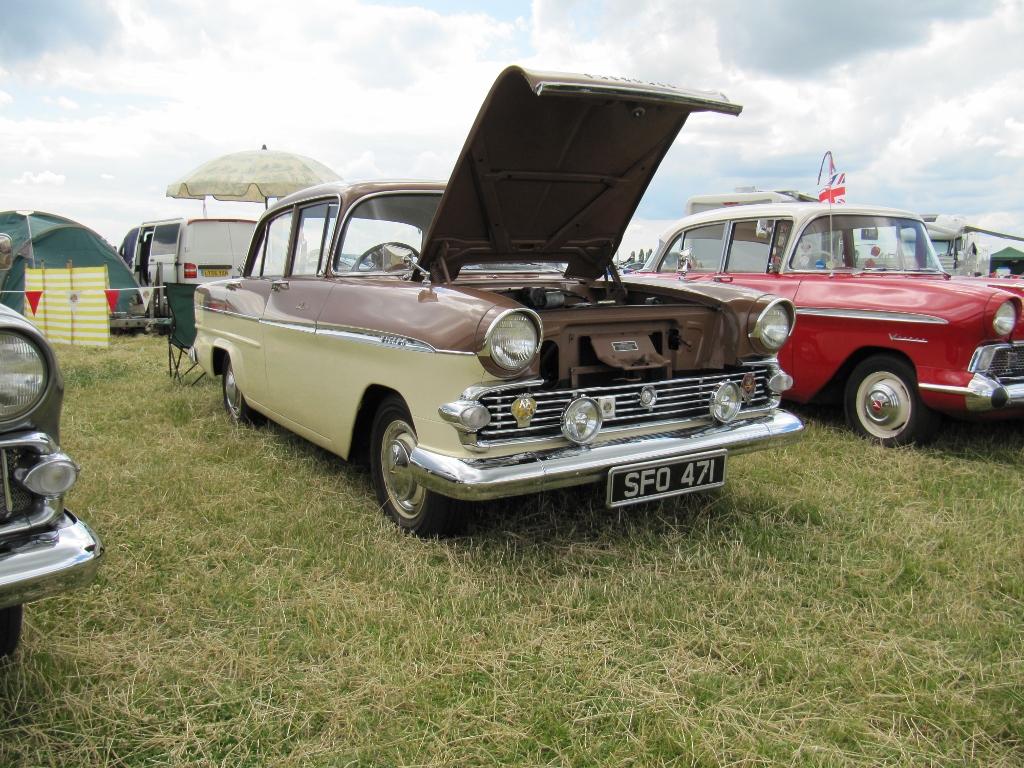 Vauxhall Victor F Type